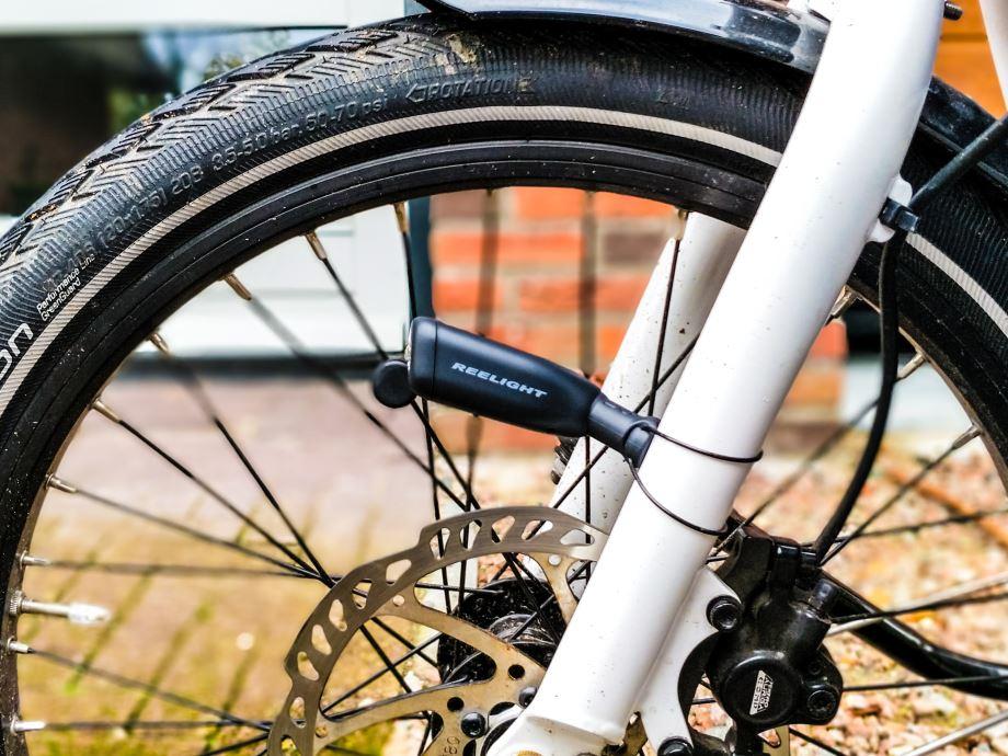 Reelight battery free bike light, a Kickstarter project review